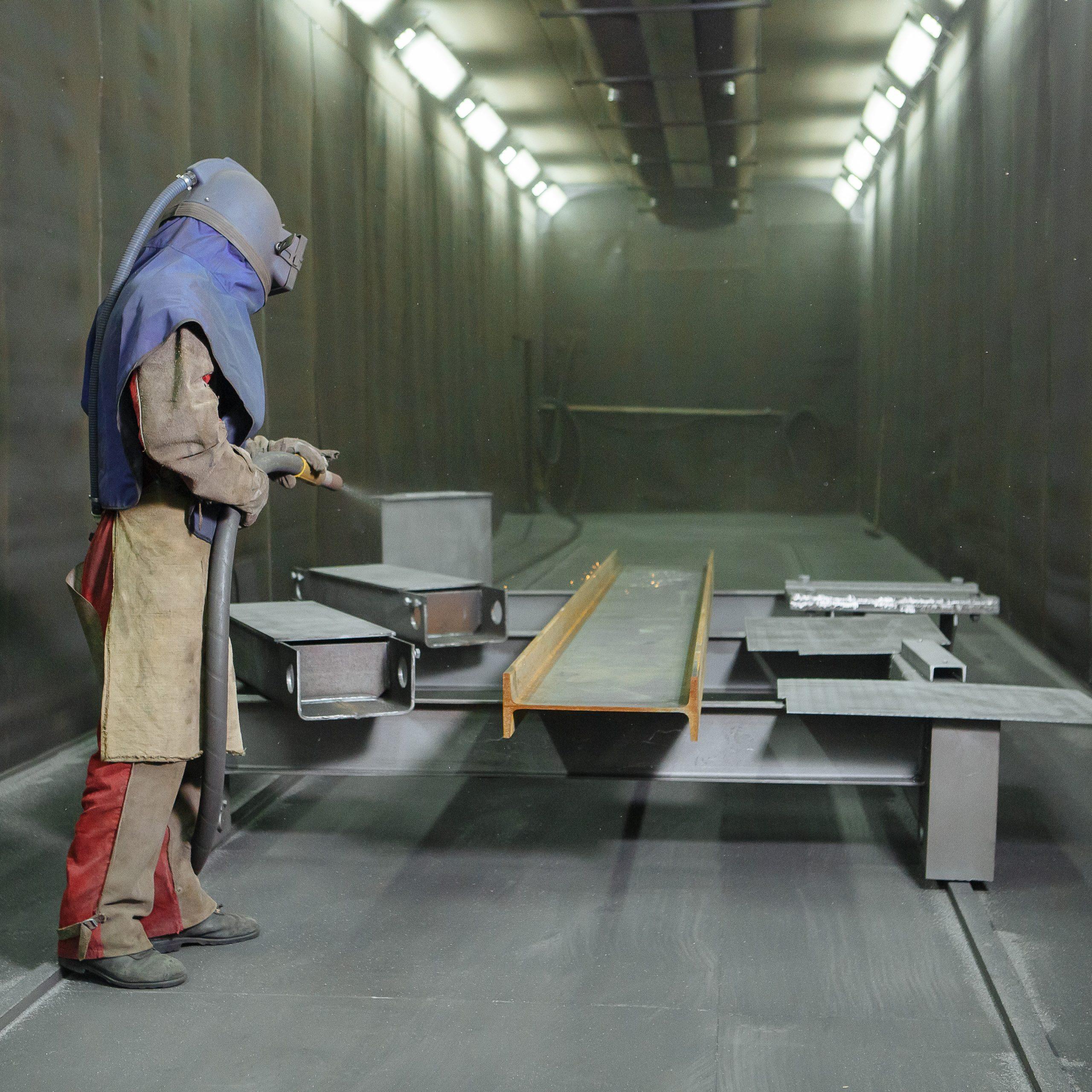Ekstrakcja kabiny oczyszczeniem a blasterami